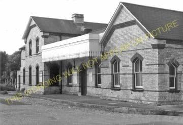 Wandsworth Common Railway Station Photo. Clapham Junction - Balham. LB&SCR. (9)