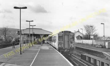 Wandsworth Town Railway Station Photo. Clapham Junction - Putney. L&SWR. (3)
