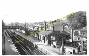 Warlingham / Whyteleafe South Railway Station Photo. Kenley - Caterham. (4).
