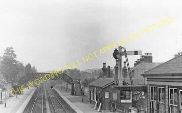 Warlingham / Whyteleafe South Railway Station Photo. Kenley - Caterham. (5).