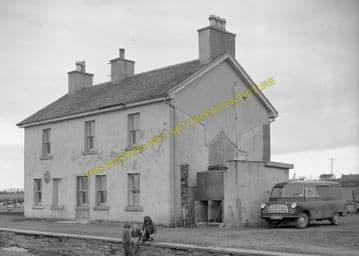 Watten Railway Station Photo. Bilbster - Bower. Wick to Georgemas. Highland. (1)