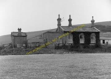 West Bay Railway Station Photo. Bridport, Powerstock and Maiden Newton Line. (16)