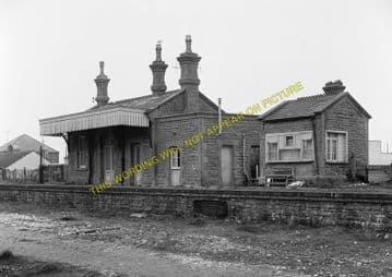 West Bay Railway Station Photo. Bridport, Powerstock and Maiden Newton Line. (9)