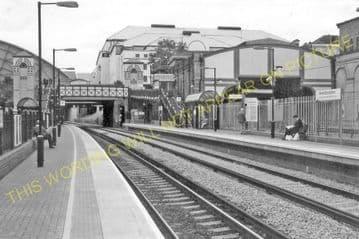 West Brompton Railway Station Photo. Earls Court - Fulham. District Railway. (3)