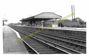 West Byfleet Railway Station Photo. Weybridge - Woking. L&SWR. (3).