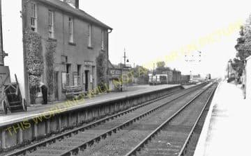 West Moors Railway Station Photo. Wimborne to Verwood and Ringwood Lines. (13)