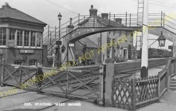 West Moors Railway Station Photo. Wimborne to Verwood and Ringwood Lines. (17)