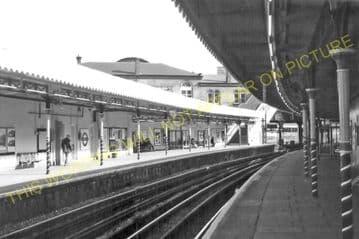 Westbourne Park Underground Railway Station Photo. Paddington - Hammersmith. (2).