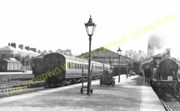 Weymouth Town Railway Station Photo. Radipole and Dorchester Line. GWR. (13)