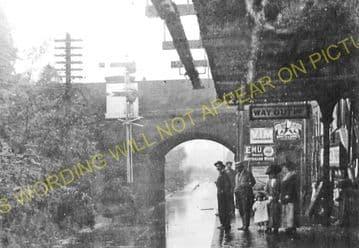 Wimbledon Park Railway Station Photo. Wimbledon - Southfields. Putney Line. (5)