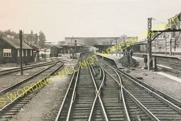 Woking Railway Station Photo. Byfleet to Brookwood and Worplesdon Lines. (12)