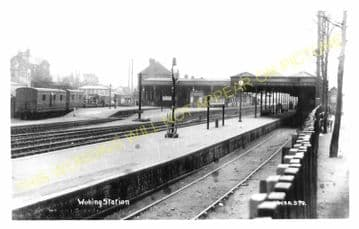 Woking Railway Station Photo. Byfleet to Brookwood and Worplesdon Lines. (6)