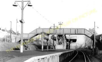 Woodmansterne Railway Station Photo. Smitham - Chipstead & Banstead. (5)