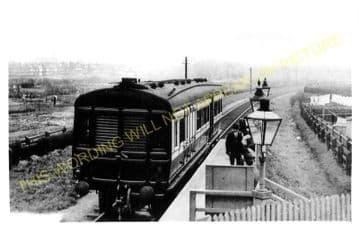 Woodstock Road Railway Station Photo. Acton - Hammersmith & Chiswick. (1)