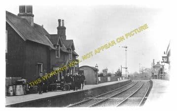 Wool Railway Station Photo. Wareham - Moreton. Bournemouth to Dorchester. (7)