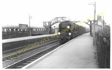 Wool Railway Station Photo. Wareham - Moreton. Bournemouth to Dorchester. (8)