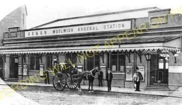 Woolwich Arsenal Railway Station Photo. Charlton - Plumstead. Greenwich Line (1)