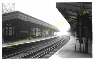 Woolwich Arsenal Railway Station Photo. Charlton - Plumstead. Greenwich Line (4)