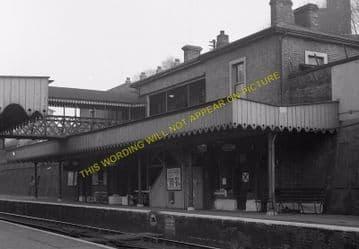 Woolwich Dockyard Railway Station Photo. Charlton - Plumstead. SE&CR (10)