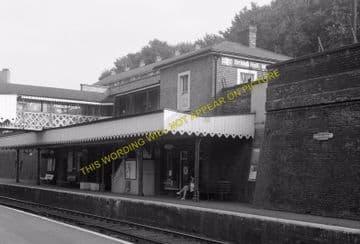 Woolwich Dockyard Railway Station Photo. Charlton - Plumstead. SE&CR (11)