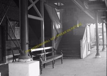 Woolwich Dockyard Railway Station Photo. Charlton - Plumstead. SE&CR (14)