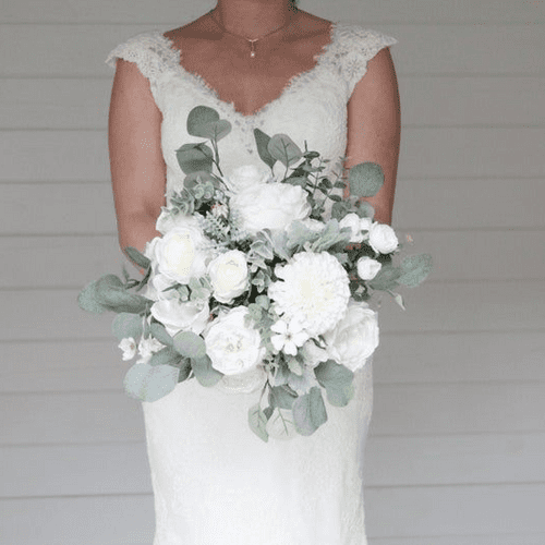 Evelyn White/Ivory  Flower Bouquet