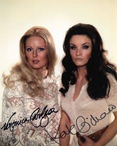 Kate O'Mara & Veronica Carlson HAMMER HORROR genuine signed autograph10 by 8 COA 11414