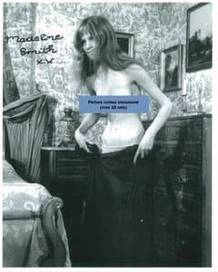 Madeline Smith, Hammer Horror ' Vampire Lovers' genuine signed autograph 10x8  10677