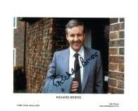 Richard Briers  THE GOOD LIFE - EVER DECREASING CIRCLES Genuine Signed Autograph 10 x 8 COA 5439