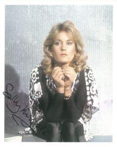 Sally Knyvette  BLAKES 7 -  Genuine Signed Autograph 10 x 8 COA 9134